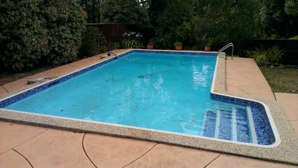 pool rendering before