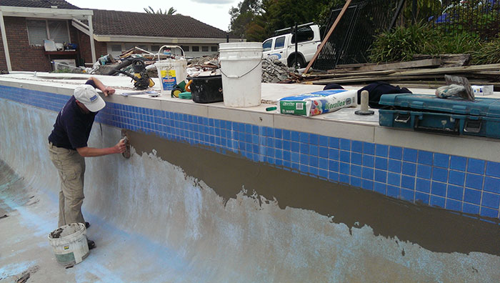 preparing pool templestowe